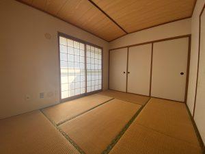 スカイタウン寺塚 2階和室
